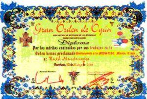 Formación de Ruth Montenegro diploma orden